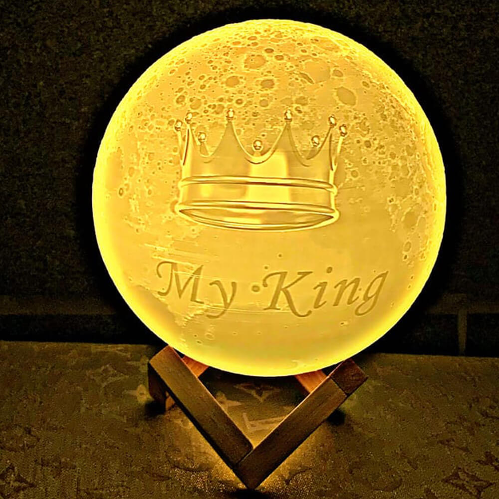 A moon lamp for my king