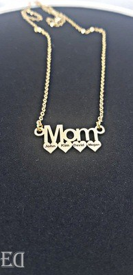 couple gifts engraved customized mom gift necklace names