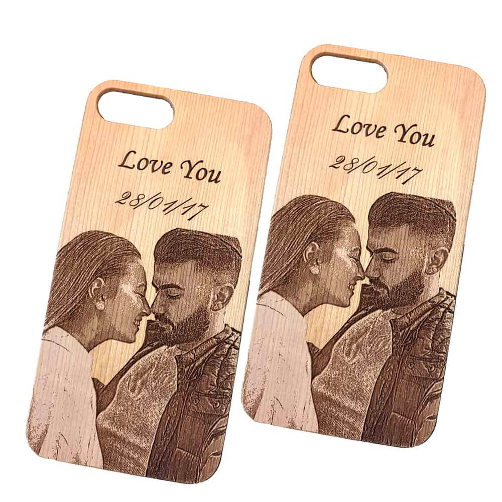 engraved phone case with image set couple