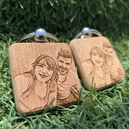gift personalizes keychains with picture-3
