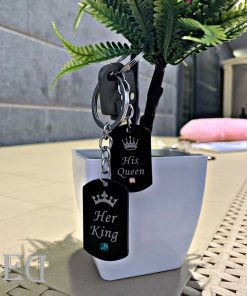 gifts-couples-king-queen-keychains-2.jpeg
