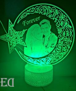gifts-gadgets-3d-night-lamp-moon-engraved-customized-1.jpeg