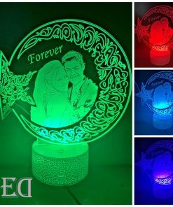 gifts-gadgets-3d-night-lamp-moon-engraved-customized-5.jpeg